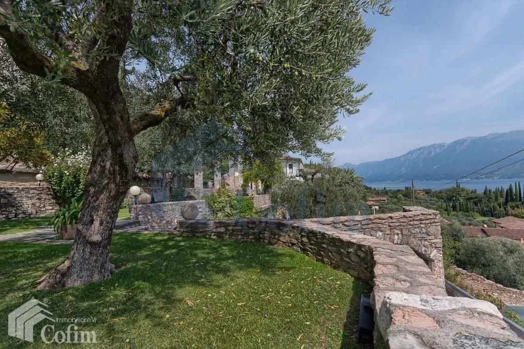 villa vendita lago di garda toscolano giardino