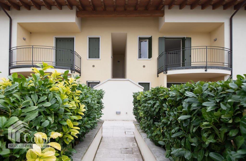 Appartamento in venditaa a Bardolino- entrata