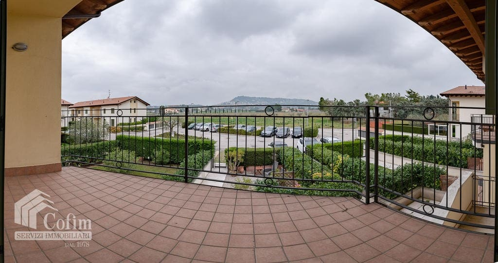 Appartamento in venditaa a Bardolino- terrazzo