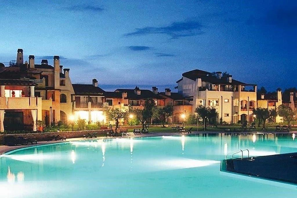 Appartamento in vendita a Peschiera- piscina