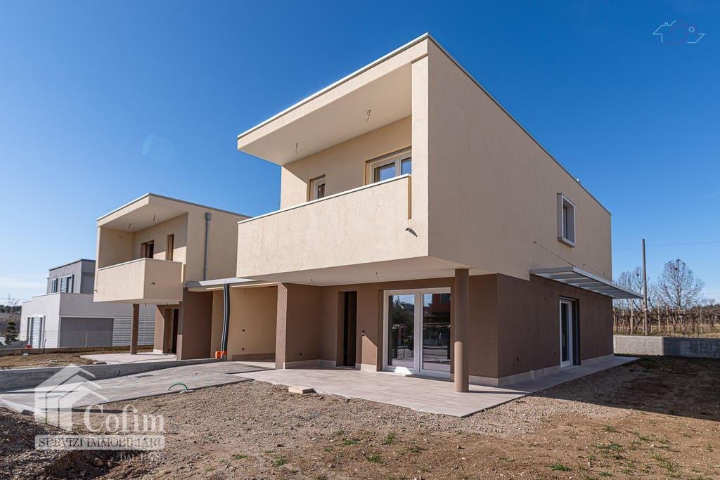 Villa in vendita a Sandrà- facciata