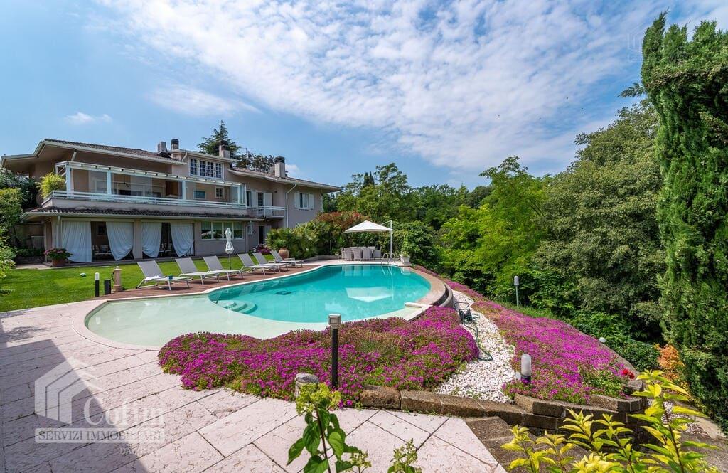 Villa in vendita a Bussolengo- facciata