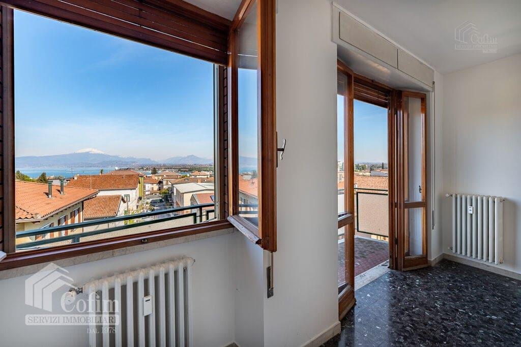 Appartamento quadrilocale Vista panoramica, vicinanza Lago e centro storico  Peschiera del Garda - 3