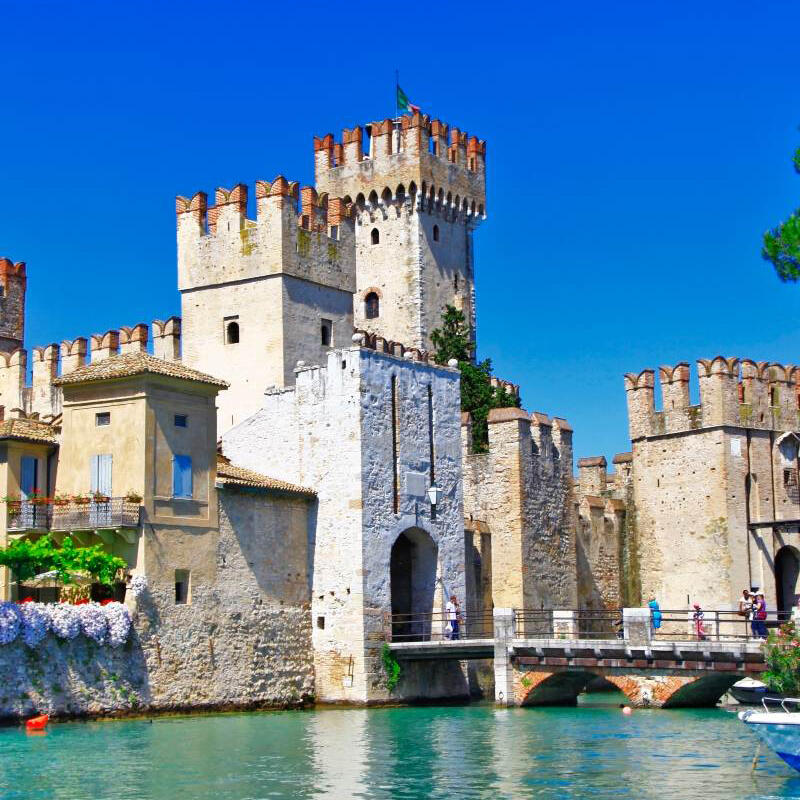 LAKE GARDA: IT'S ALL AHEAD IN THE REAL ESTATE SECTOR