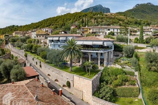 Villa Toscolano-Maderno MA1208