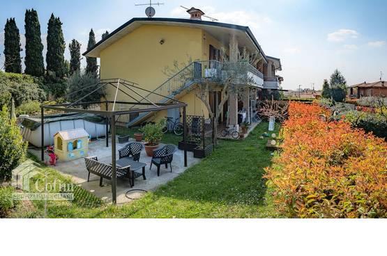 Villa bifamigliare Pozzolengo MD0041