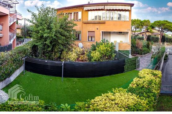 Four-rooms Apartment with garden, in the vicinity of the lake Sirmione